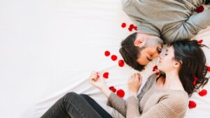 love couple images hd download - love couple images hd download sharechat